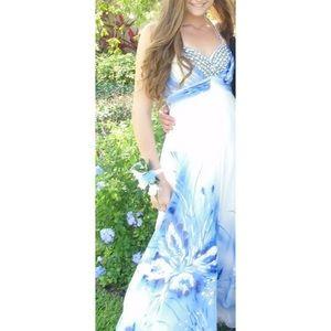 Cache prom / elegant dress